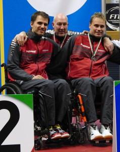 v.l.n.r: H.Nikelis, Trainer Ch.Weber, M.Sieger. WK 1: Silber Team